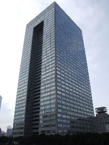 6502 - (株)東芝 こんなでっかい会社が上場廃止になるわけないべ。