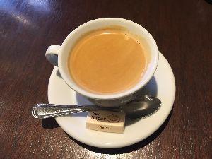 〜Enjoy 日記 〜 コーヒーがすんごく美味しかったです!!  1800円でこのコース。 倍くらいの値段でもおかしくないコ