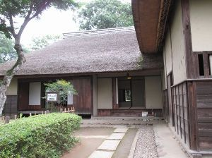 今日も有難う タカさん こんばんは~  佐倉城、堀田邸、武家屋敷、佐倉の街並みは私も何回も行きましたが  良いです