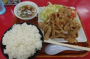 9424 - 日本通信(株) ワシは車好きが集まるラーメン屋で焼肉定食をたべました🐵🍈…。