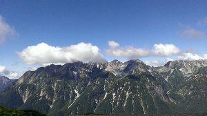 そうだ 山に登ろう 先日、蝶ヶ岳に登ってきました!  槍ヶ岳に穂高連邦に明神岳に焼山が綺麗でした。