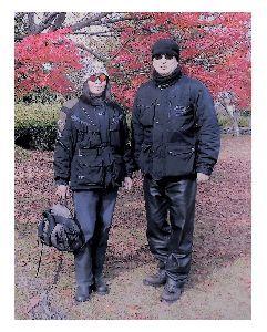 夫婦ふたりでツーリング .   数年前は、中位の 風防の 付いた バイクでしたので、  寒さに 関しては、今より まだ マシ