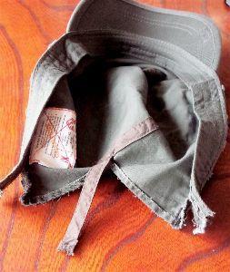 夫婦ふたりでツーリング あめぱと2号さん  オイラは何時もの通り引きこもってます 何時だったか購入した帽子のサイズが合わず2