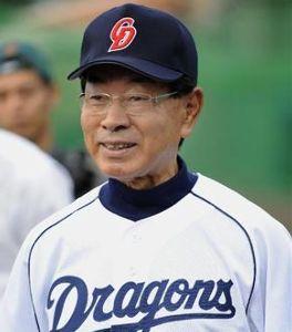 小川監督の辞任を要求する。 監督が小川淳司では納得ですな(笑)
