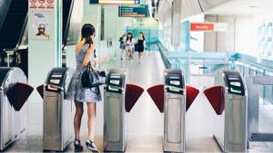 V - ビザ 🇸🇬🇸🇬🇸🇬🇸🇬🇸🇬🇸🇬   シンガポール交通機関で6月6日からVISA 非接触で通過できるようです