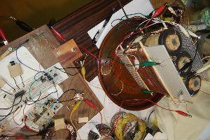フリーエネルギーで、チャンスをつかめ! ●テスラコイルは、見せ物ではない! 確かに、テスラコイルのあの派手な放電ショ―には、インパクトがある