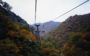 夢は旅地を駆け巡る 谷川岳  http://gallery.nikon-image.com/146681635/albu