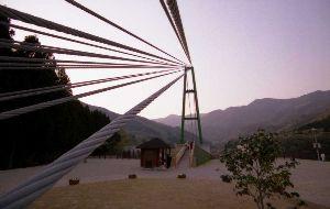 夢は旅地を駆け巡る 竜神大橋  http://gallery.nikon-image.com/146681635/alb