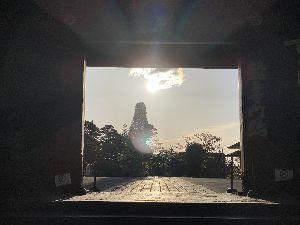 日日是好日 コナンさんおはようございます。 今朝は輪王寺日の出拝みました。 日光寒くてダウン着てます。 いろは坂