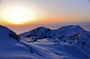 姫路の方で中高年の山の好きな人。 今晩は。  最近暑いですからねー 久しぶりの登山が出来て良かったですね。  私も楽ちん登山で立山に行