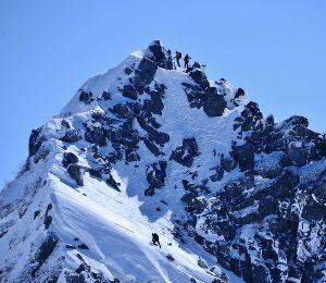 姫路の方で中高年の山の好きな人。 今晩は。  オリンピック頑張っていますね。 私たちも頑張って山に行きましょー  上には上が有ってこん
