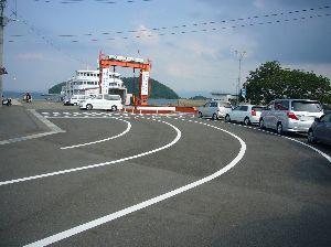 道の駅 車中泊とスタンプと・・・ 純平さんのストレスは、吉宗くんや九太郎くんにも溜まってしまいますから、そろそろネオンライトでは燃やせ