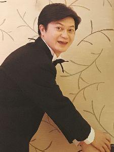 ショムニ 野々村課長役の伊藤俊人さん!   伊藤さん、あけましておめでとうございます。 去年は色々と伊藤さんを語ったり、出演作を堪能したりと