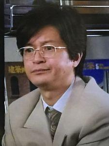 ショムニ 野々村課長役の伊藤俊人さん! この間サラリーマン金太郎秋の2時間スペシャルを見ました。 伊藤さんの出番はわりと多いので良かったです