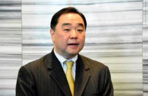 コマツ電子金属 豚歩は徳川家の血が流れてるかもしれん脳  4月の北海道知事選への立候補を模索していた政治経済評論家の