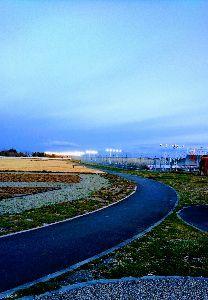 静岡でバイク乗り みなさん こんばんは(^-^)/  あーるさん いいお天気で、早咲きのさくらが空に映えますね♪  c