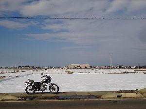 単車好きw やっと道路が乾いてきたのでちょっとひと回りしました。  もう雪は降らないで欲しいですね。