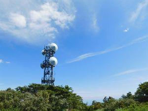 六甲山 【続296 六甲山報告(紅葉谷道経由最高峰へ)】 ちょっと涼しかったので二か月ぶりの最高峰でした。