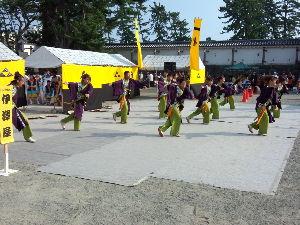 メル友になってくれる方居ませんか~ 昨日今日と小田原城お堀端でえっさほい祭りが開催されて、 このお祭り、全国からのチームが集まり賑やかな