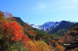 ☆北海道限定ドライブの旅☆ takeさん  10月1日、北海道は紅葉と初冠雪で綺麗な景色を観ることができました。  朝6時前に出