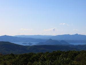 ☆北海道限定ドライブの旅☆ ちんぐるまさん はじめまして。 beaverと申します。  北海道を車中泊の旅ですか? 71歳・・・