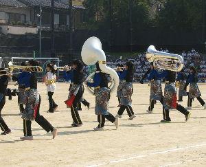 OLYMPUS OM SERIES (いつもの風景) 今日も 秋晴れ夏日。孫ちゃんの 小学生--中学生 一貫校の運動会でした・ 画像はマ