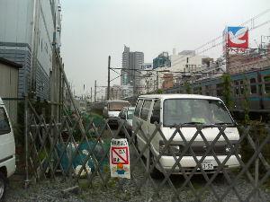 浦和駅周辺って変わるよね! 了解しました。鳩マークが再復活したらレポートしますね! ちなみに2005年夏頃に変わったようです。