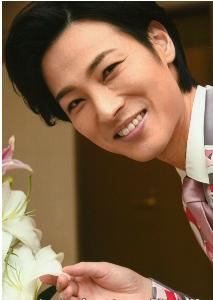 演歌歌手「山内惠介」さんを一押し!!しましょう 本日 5月31日は  演歌歌手  山内惠介さんの34歳の  お誕生日㊗️であります。  山内惠介さん