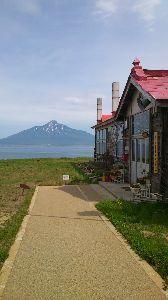 『(笑顔で)またネ~♪』 北海道に行った時は礼文島にも行ったんですよ 利尻富士が綺麗に見えました
