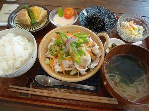 美味しいお店をご紹介ください♪ 【食堂カフェ YUZUNOHA】