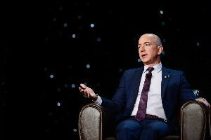 AMZN - アマゾン・ドット・コム With a $10 Billion Fund, Jeff Bezos Can Control th