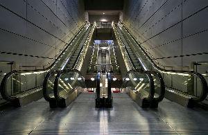 『語り得ぬもの』を語るのも楽しい\(^o^)/ Spanish Dances → escalator