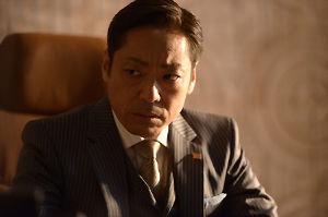 衣笠剛の解任を要求する。 監督経験者でカネの亡者の古田が、コーチなんて受ける訳ないだろw   (小川は7千万だが)監督なら1億