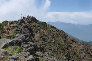 奥多摩で初心者ハイキング仲間探してます。 これから毎月すこしずつ春までに奥多摩を縦走してみたいと思っています。始めのコースは高尾山から小仏峠、