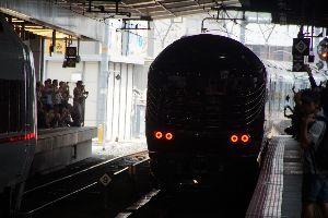 還暦になりました。 トワイライトエクスプレス瑞風5 10時18分 大阪駅発車しました