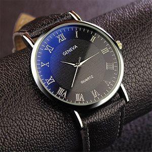 OO町の人気のない喫茶店 最近驚いたことが一つ、この時計は送料込みで180円、、、どうなってるの? ちゃんと時を刻み無くしても