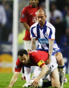 思わず吹いたサッカー画像 これもありかな?