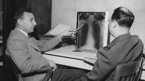 ZMPとZMP関連銘柄を語る ⬆スーパー財前教授 【深層学習アルゴリズムは医師よりも優秀、肺炎のX線画像診断で】 https://
