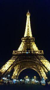 ◎フランス好きを自負する者達の集う場所◎ 今回の欧州滞在はほとんど移動ばかりで 半月滞在の内パリにいられたのは たった数日。 再会したいお相手