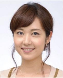 NHKの女子アナを応援しよう! 出田奈々、 そろってお肌の曲がり角。 かわいいのに 残念!