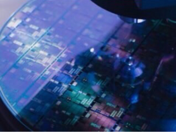 4911 - (株)資生堂 おじいさまは、コア銘柄に囚われ過ぎよ〜  産業の米、半導体が日経を引っ張るわ〜  seg奈は、スクリ