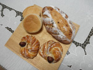 。・:*:・゚☆和みの時間。・:*:・゚☆ パン制作です。成功したかなー