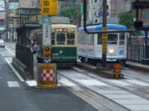 長崎が好き・・・ 長崎市内を走る路面電車、同じ形でボディーカラーが違います。多分、行き先ごとに変えてるのでしょうね。市