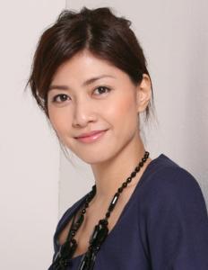 整形の芸能人晒していこうぜ! 1975年11月16日生。日本の歌手、女優。バーニングプロダクション所属。中学校在学時からモデルやC