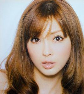 整形の芸能人晒していこうぜ! 1979年12月29日生。日本のモデル、タレント。ケイダッシュグループのパール所属。  詳細はコチラ