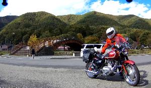 シニア のんびり一人旅のライダー おまけです・・・                木曽の大橋                 &dar