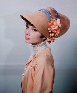 何となく眠れない 美咲さん おはようございます マイフェアレディのオードリーは熟しかけのリンゴのようでしたね  熟睡で