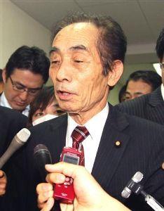 靖国神社に参拝する国会議員は いじめを苦にして自殺??                 組織を守るため、調査を妨害しろ!!