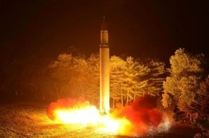 3825 - (株)リミックスポイント 北朝鮮が、アメリカに「(ミサイルを)プレゼント贈る」  http://www.msn.com/ja-