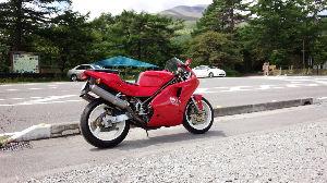 Ducati乗りの交流の広場にした~い 888です。